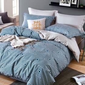 Комплект постельного белья 1,5-спальный, печатный сатин 1081-4S