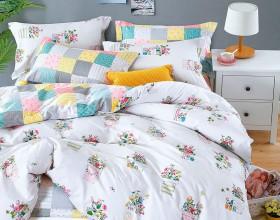 Комплект постельного белья 1,5-спальный, печатный сатин 1082-4S