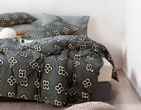 Комплект постельного белья 1,5-спальный, печатный сатин 1354-4S