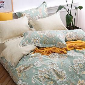 Комплект постельного белья Семейный, печатный сатин 484-7